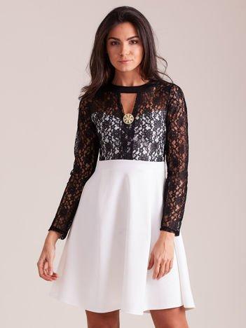 Sukienka ecru z koronkową górą