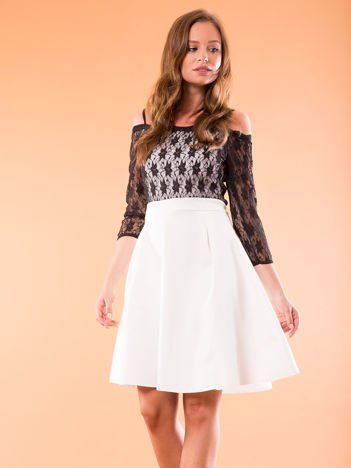 Sukienka ecru z koronkową górą i cienkimi ramiączkami
