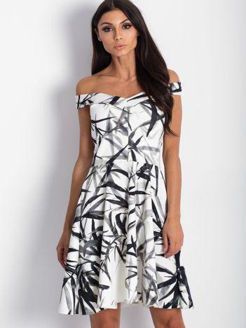 Sukienka ecru z motywem liści