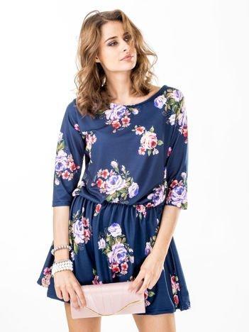 Sukienka granatowa w kolorowe kwiaty