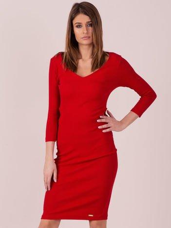 Sukienka z bocznymi wycięciami czerwona