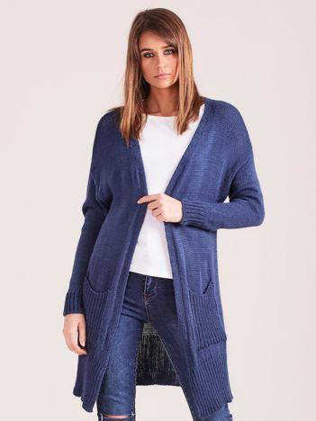 Sweter damski z kieszeniami niebieski