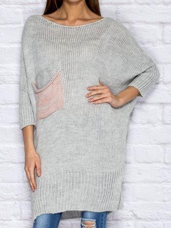 Sweter z wycięciem i wstążką jasnoszary