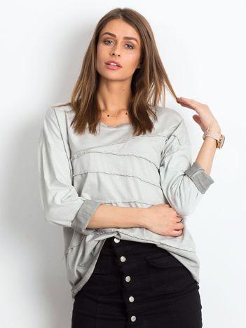 Szara bluzka z asymetryczymi przeszyciami