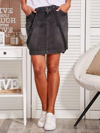 Szara jeansowa spódnica ogrodniczka