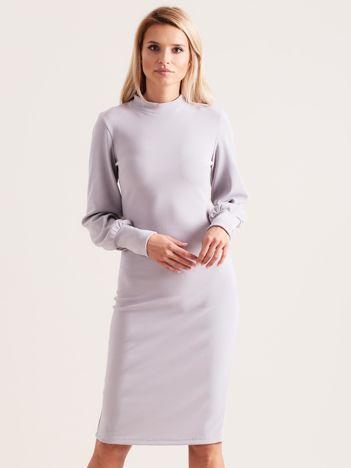 Szara sukienka z długim rękawem