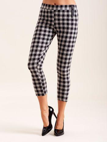 Szare dopasowane spodnie damskie w kratę