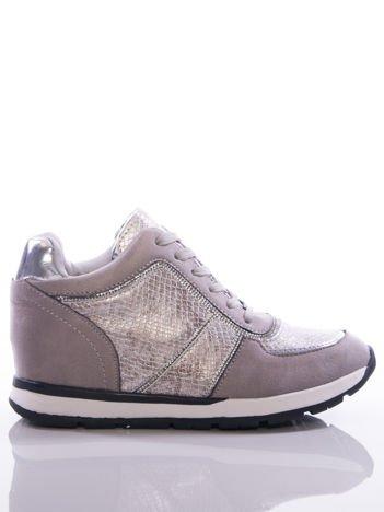Szare sneakersy z ozdobnie tłoczonymi wstawkami z poświatą i srebrnymi dżetami