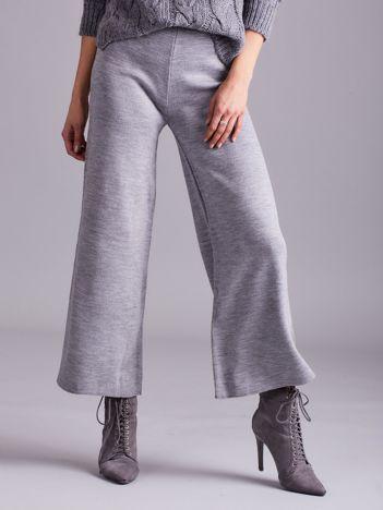Szare szerokie spodnie z dzianiny