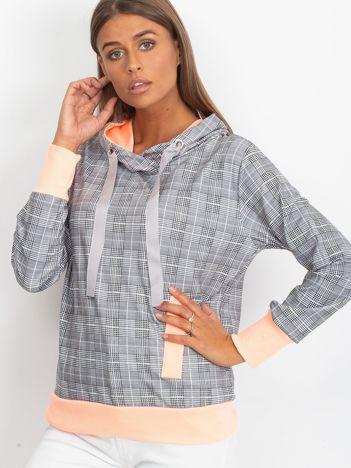 Szaro-brzoskwiniowa lekka bluza w kratkę z kapturem i troczkami