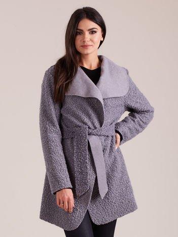 Szary dzianinowy damski płaszcz