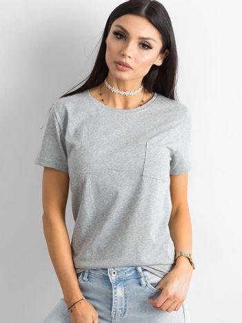 041e90ff2f Szary t-shirt basic z kieszonką