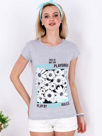 Szary t-shirt z nadrukiem kwiatów