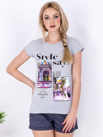 Szary t-shirt z z kolorowym miejskim printem