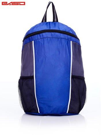 Szkolny plecak z siatkowymi kieszeniami niebieski