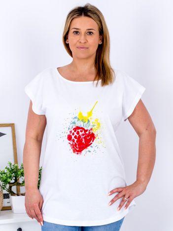 T-shirt biały z truskawką PLUS SIZE