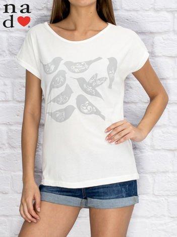 T-shirt damski z motywem ptaków biały
