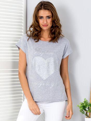 T-shirt jasnoszary z brokatowym nadrukiem