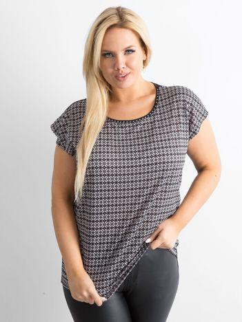 T-shirt plus size we wzory czarny