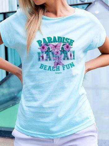 T-shirt z hawajskim nadrukiem turkusowy