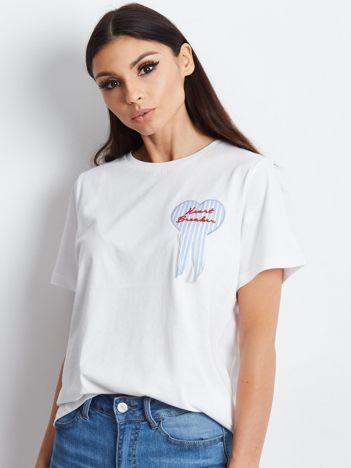 T-shirt z naszywką biały