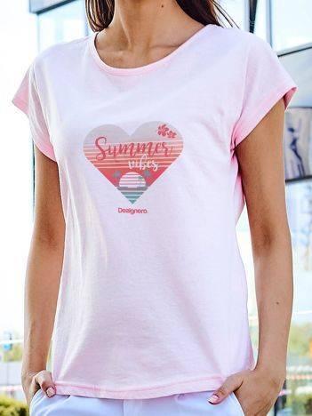 T-shirt z plażowym nadrukiem jasnoróżowy