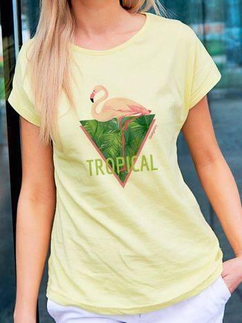 T-shirt z tropikalnym nadrukiem żółty