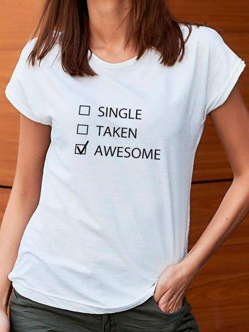 T-shirt z zabawnym nadrukiem biały