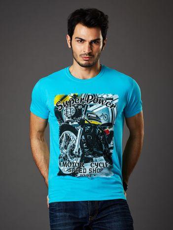 Turkusowy t-shirt męski z motocyklowym nadrukiem