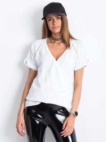 VIA DELLE ROSE Biała bluzka ze złotymi łańcuszkami