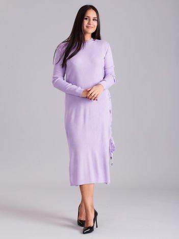Wrzosowa sukienka dzianinowa z bocznym sznurowaniem