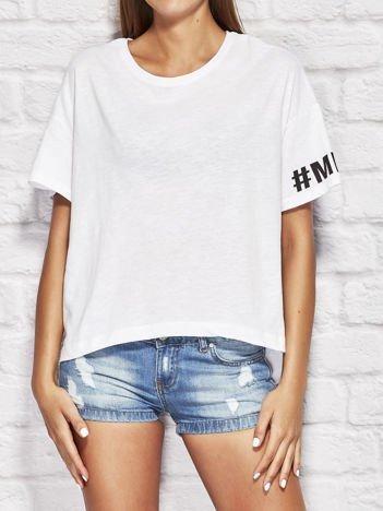 YUPS Biały t-shirt oversize z nadrukiem