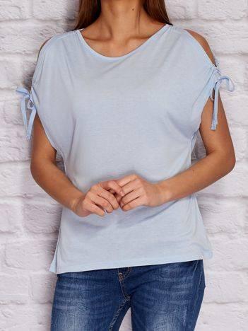 YUPS Niebieski t-shirt z wycięciami na rękawach