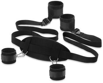 Zestaw kajdanek wszechstronnie regulowanych i z dodatkową podpórką do krępowania rąk i nóg