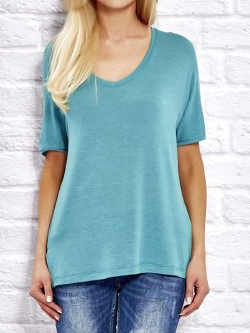 Zielona bluzka o kroju oversize