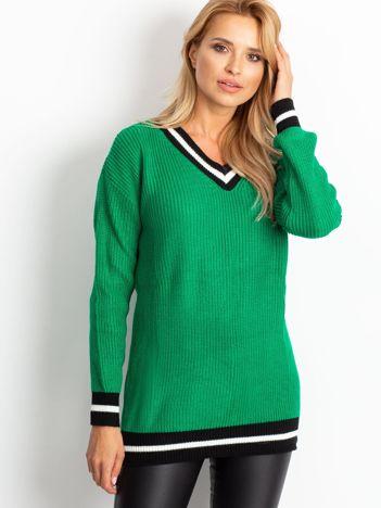 Zielony luźny sweter V-neck z kontrastowymi ściągaczami