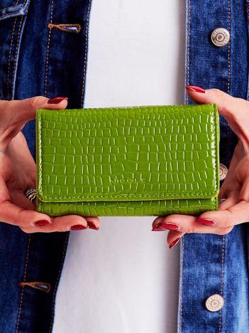 Zielony tłoczony portfel damski