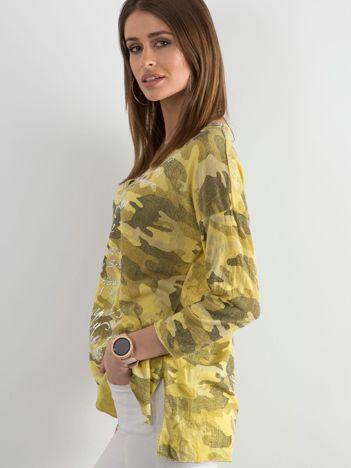 Żółta bluzka w militarne wzory