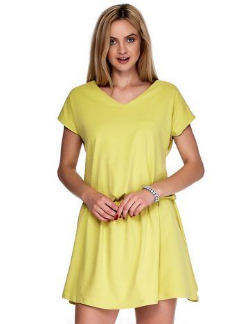 Żółta sukienka V-neck z gumką w pasie