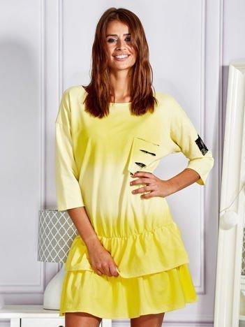 Żółta sukienka dresowa ombre z podwójną falbaną