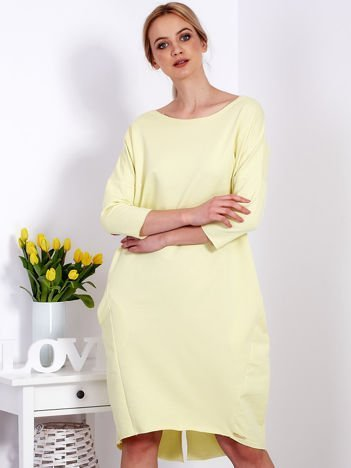Żółta sukienka oversize z kieszeniami