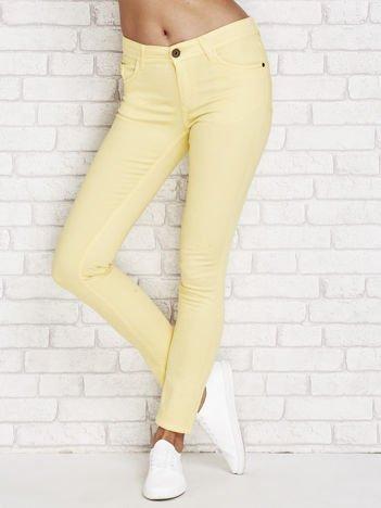 Żółte spodnie ze stretchem