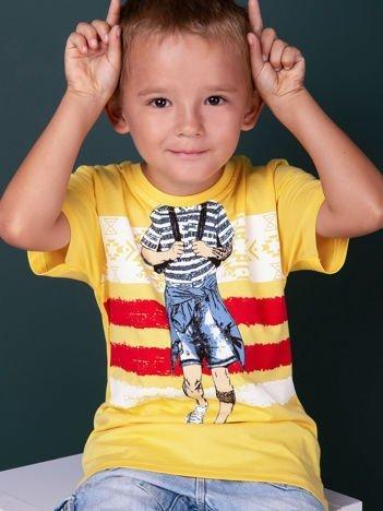 Żółty t-shirt dla chłopca z nadrukiem