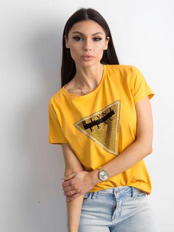 Żółty t-shirt z aplikacją i wycięciem z tyłu