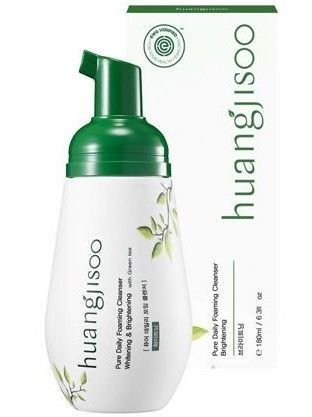 huangjisoo Pure Daily Foaming Cleanser Brightening Naturalna hipoalergiczna koreńska pianka myjąca do twarzy rozjaśniająca i rozświetlająca skórę 180 ml