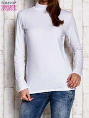Biała gładka bluzka z półgolfem
