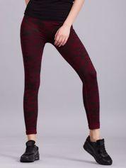 Bordowe legginsy sportowe we wzory