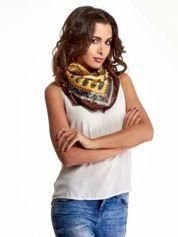 Brązowa chusta apaszka we wzór folkowy