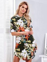 Ciemnozielona sukienka w kolorowe kwiaty