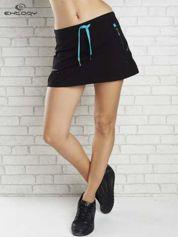 Czarna spódnica dresowa z falbanką i troczkiem